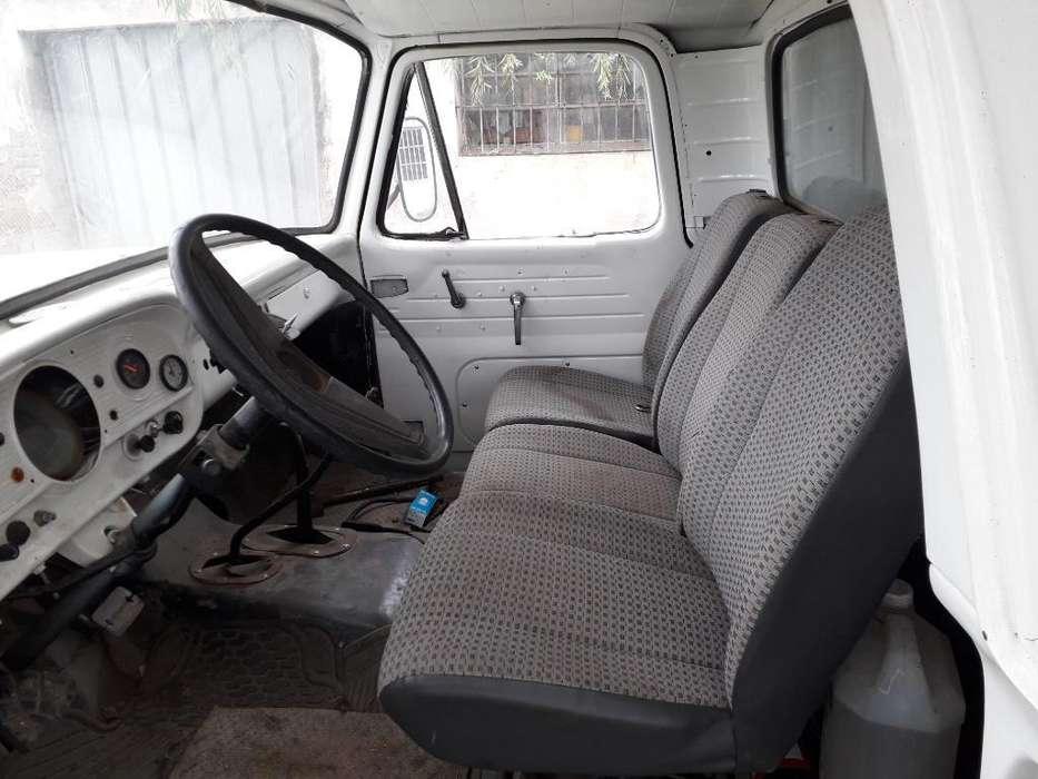 Camion Ford 350 Impecable Todo Reparado
