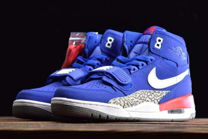 Nike Air Jordan y Adidas Roma