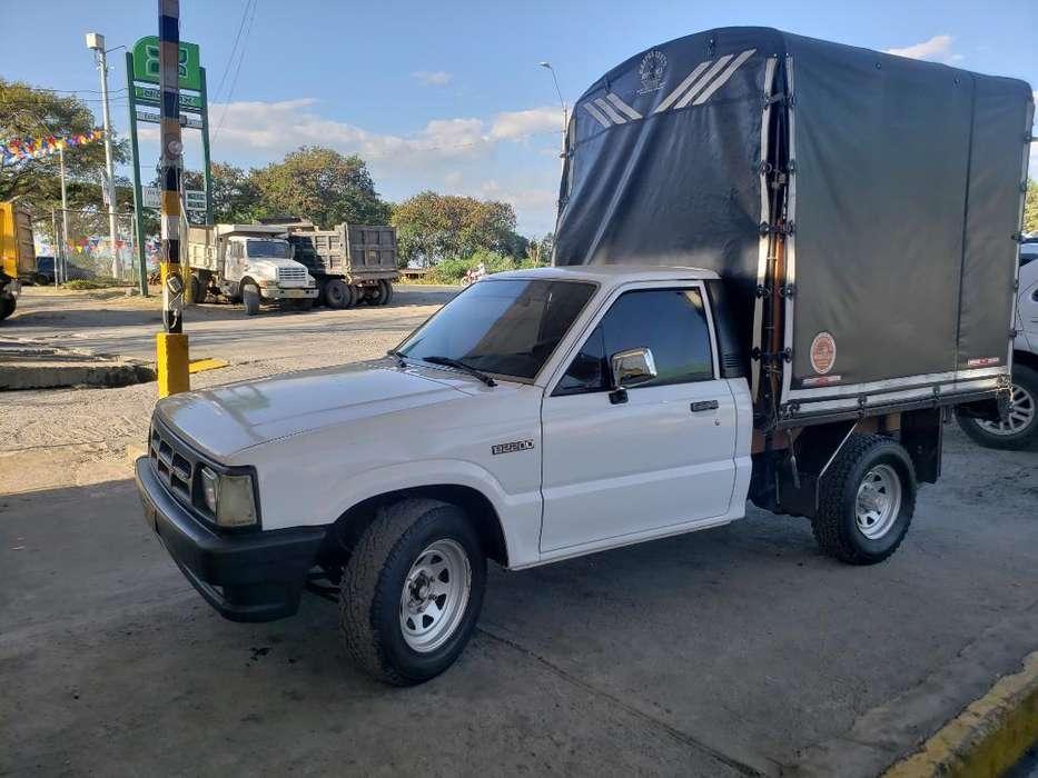 Mazda B-2200 1993 - 10000 km