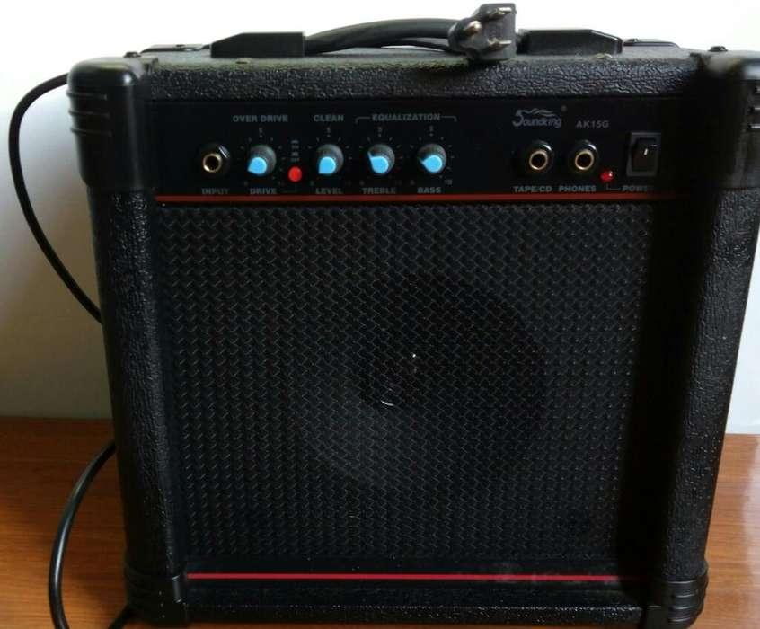 Vendo Amplificador Soundking, 200......