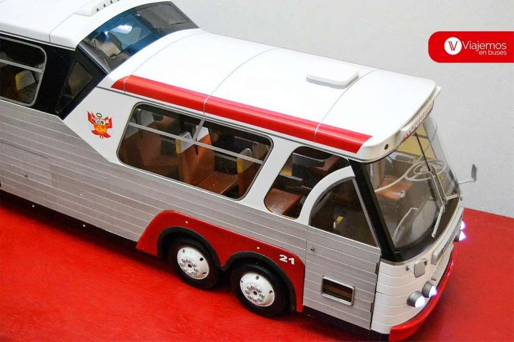 Bus Maqueta a Escala modelo Sultana Miniatura * Omnibus * Scania * Volvo * Mercedes Benz * Toyota