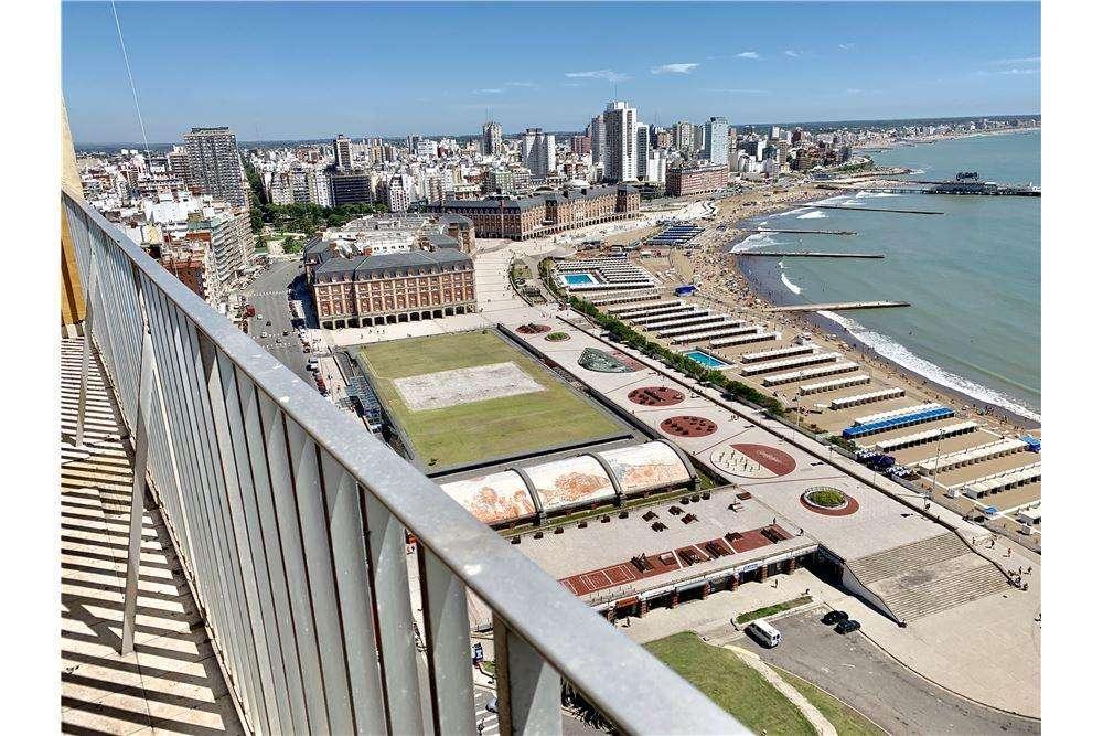Venta depto 2 amb vista plena al mar Edif. Havanna