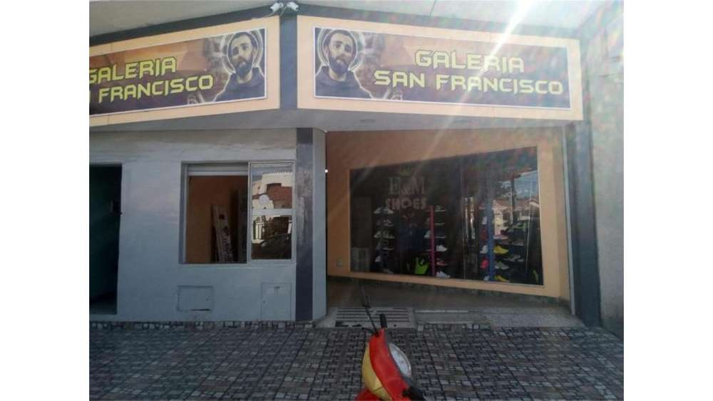 Calixto Gauna 400 - 3.500 - Local Alquiler