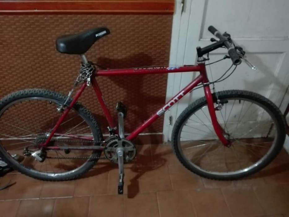 Vendo Bicicleta Rod 26 con Cambios