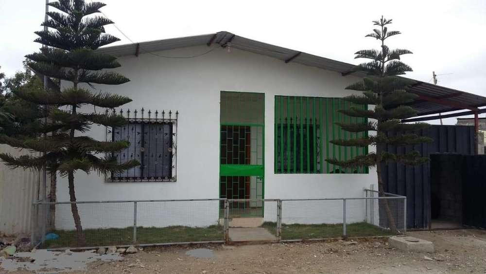Venta de Casa en la Cordillera del Condor, cerca de la Av. Principal Eleodoro Solorzano, Santa Elena