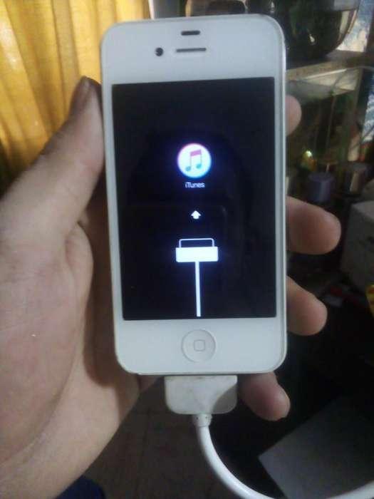 iPhone 4s con Cargador Original