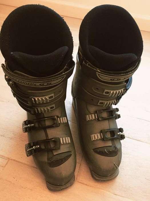 Botas de Esquí marca SALOMON de hombre y mujer (2.000 cada par) con funda de REGALO!