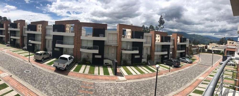 Linda Casa Venta San Juan Cumbaya
