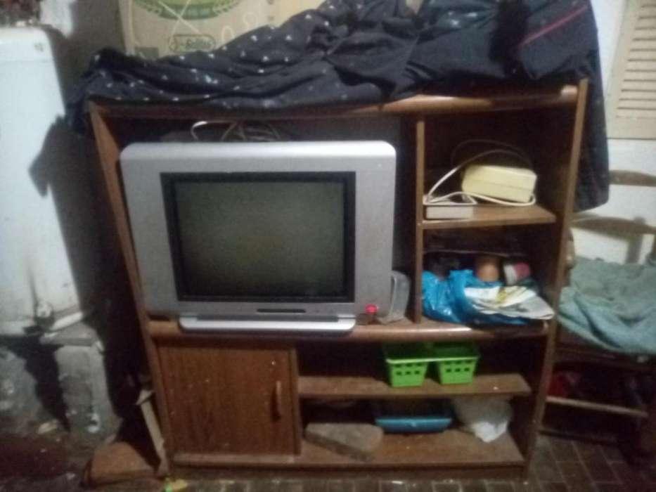 Mueble para tv resistente