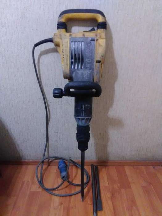 Alquiler de Martillo Electrico 934574647