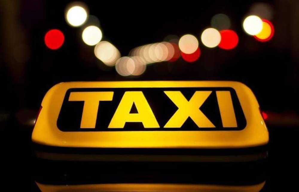Puesto de Taxi Coperativa Gilberto
