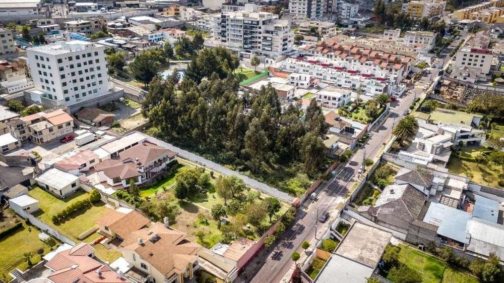 Vendo terreno para proyecto inmobiliario, excelente ubicación, Ponceano