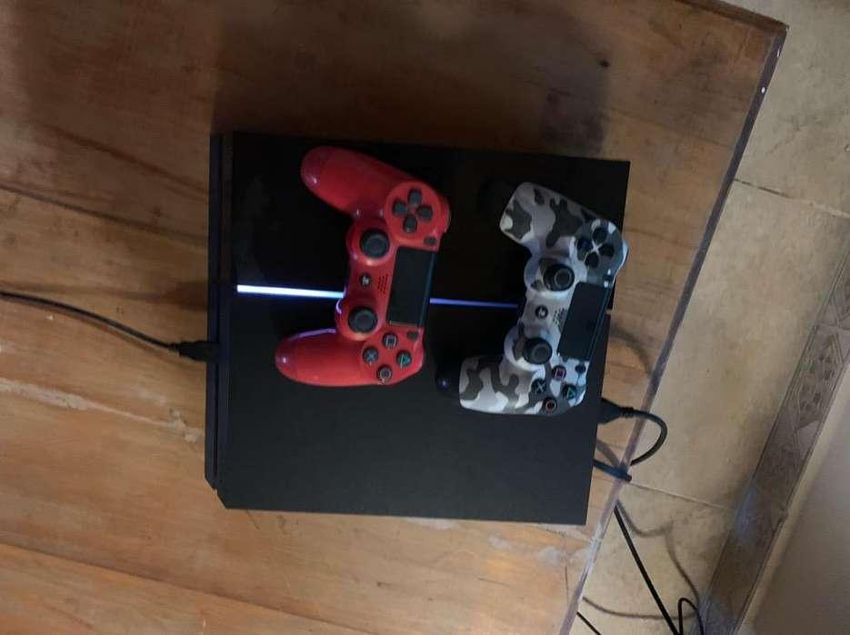 Play Station 4 con Dos Joystick
