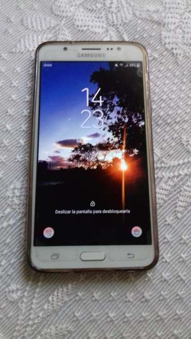 Samsung Galaxy J7 en Perfecto Estado