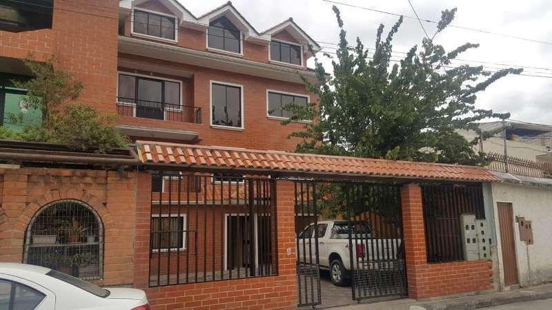 CASA RENTERA 4 DEPARTAMENTOS NUEVA Y DEL CEBOLLAR 340.000 NEGOCIABLE0