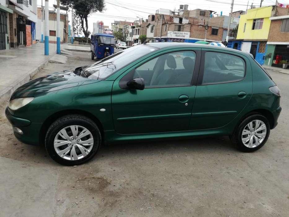 Peugeot 206 2001 - 140400 km