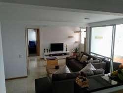 Apartamento Piso 4 Sector Loma Linda. Código 872039