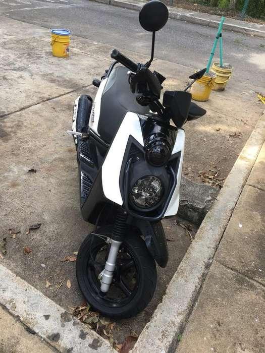 Vendo Moto Bws 2013