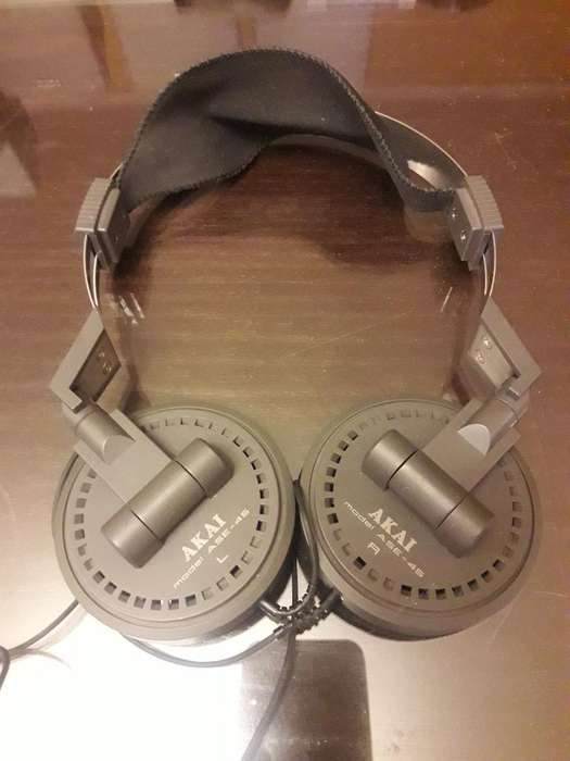 Auriculares Akai a Se45. Made In Japan.