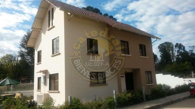 Casa de venta en Chuquipata - Javier Loyola – código:12325