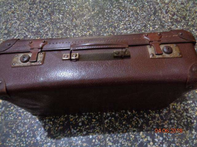 antigua maleta de viaje