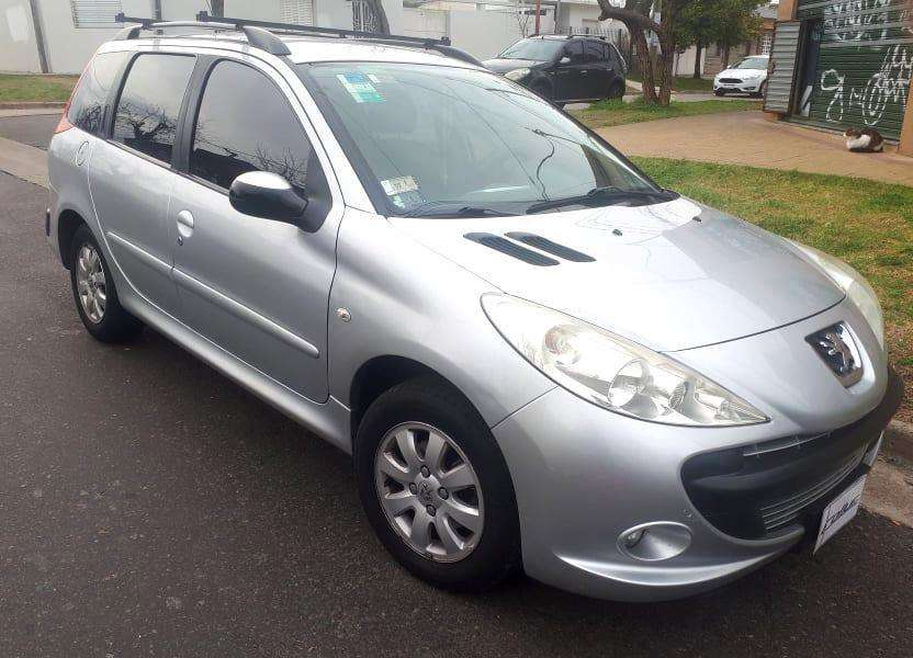 Peugeot 207 2011 - 134000 km