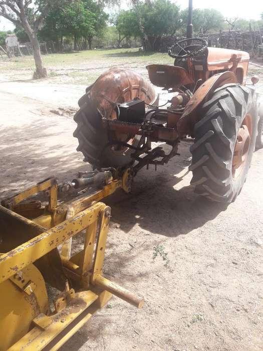 Vendo Permuto Herramienta con Tractor