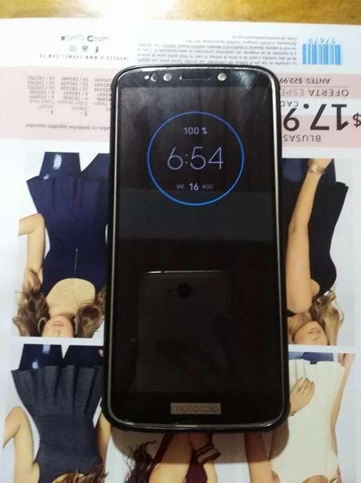 Se Vende Celular Moto6 Negociable