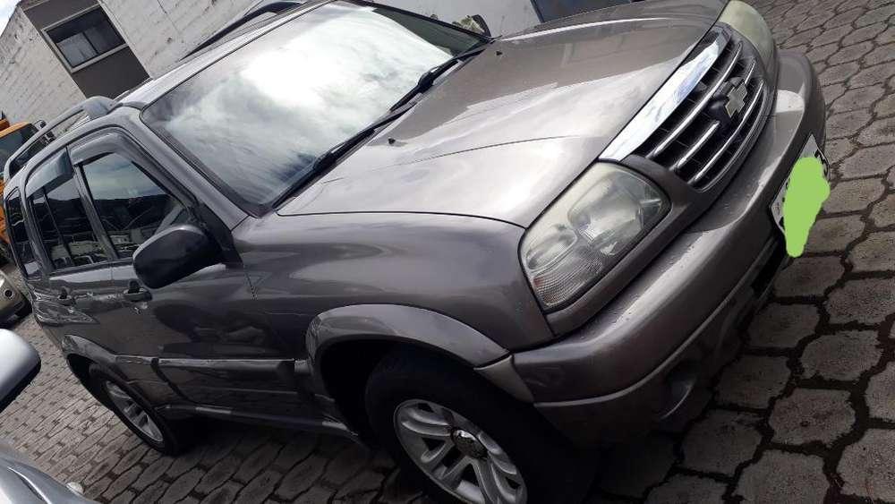 Chevrolet Grand Vitara 2012 - 127687 km