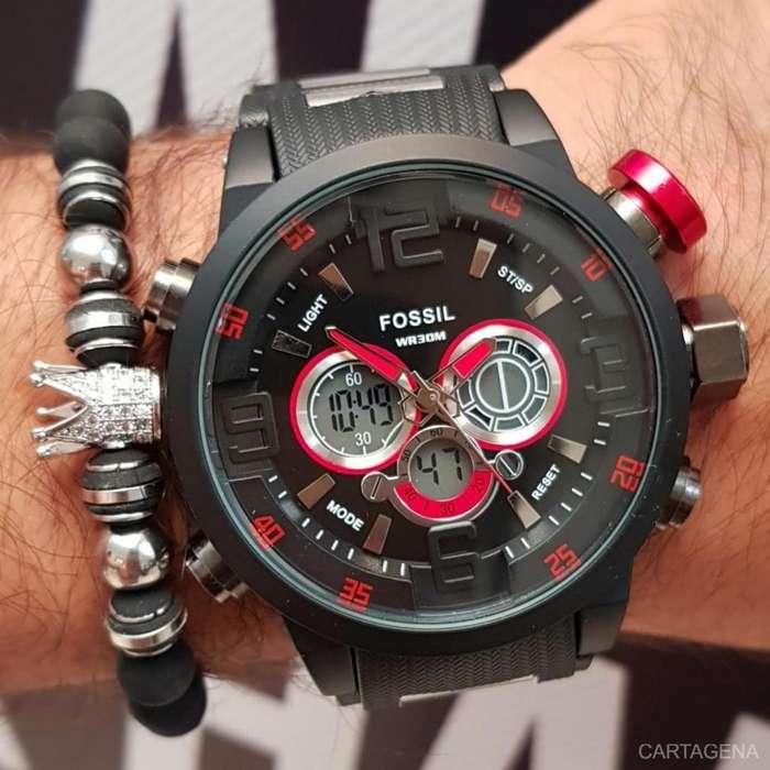 Reloj Fossil con decoracion en rojo y negro para hombre en venta