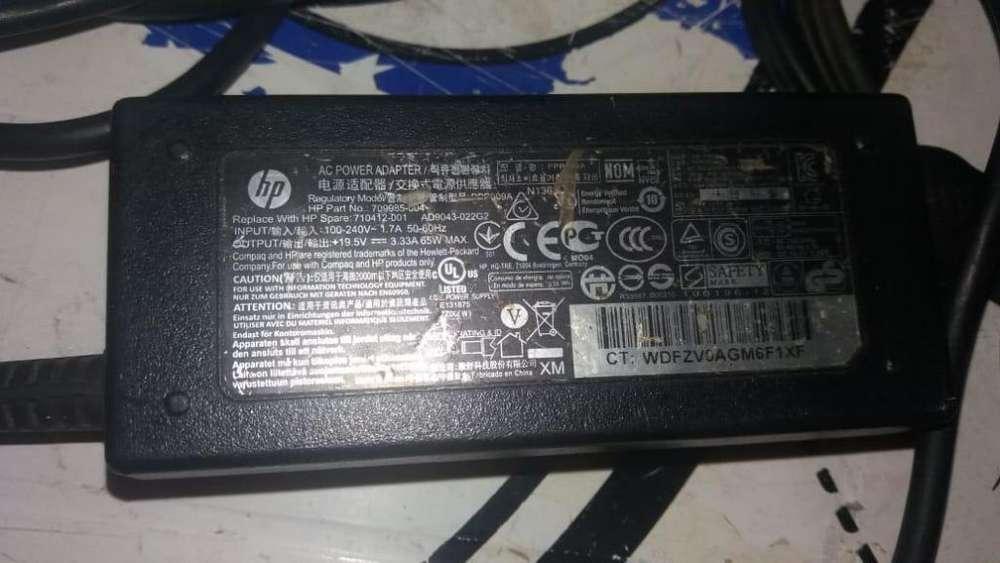 Cargador para Laptop Hp Usado