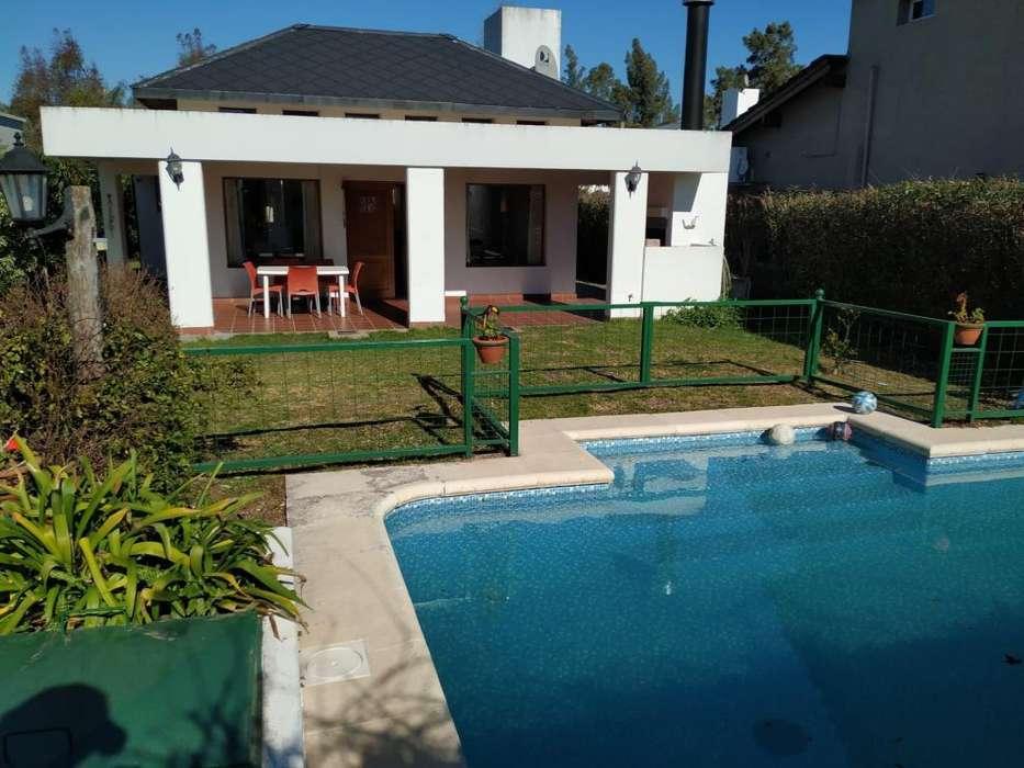 Casa en Venta en Golf chascomus country club, US 170000