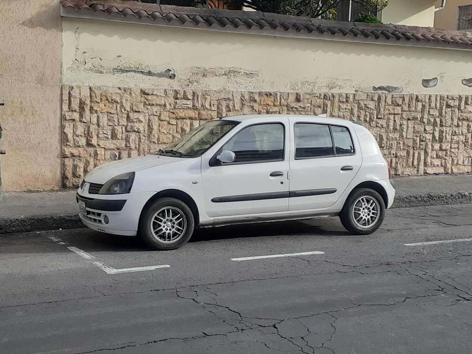 Renault Clio  2004 - 30000 km