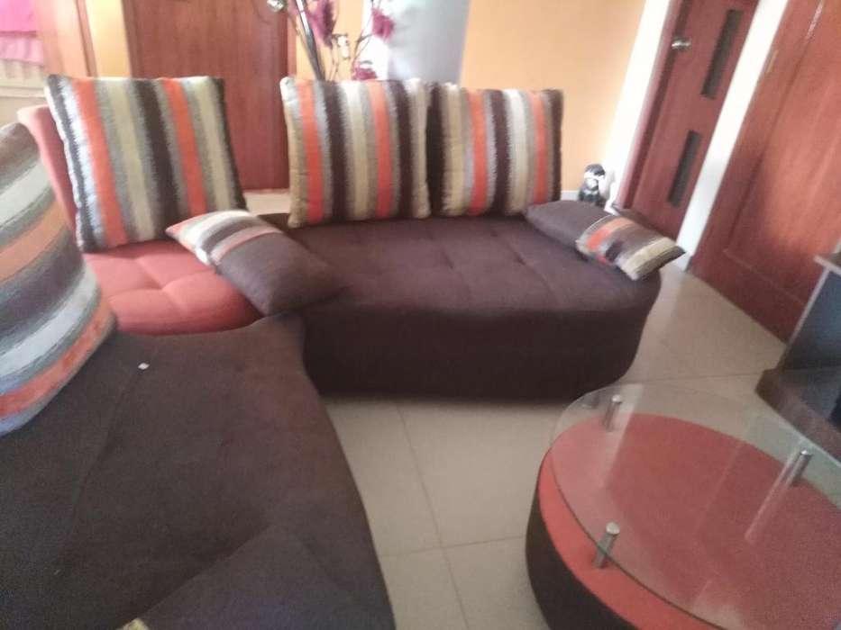Mueble de Sala Incluye Mesa de Centro