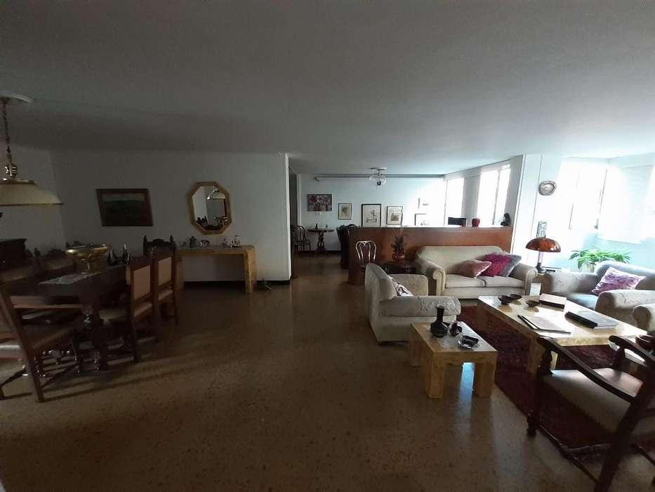 <strong>apartamento</strong> en Venta Laureles