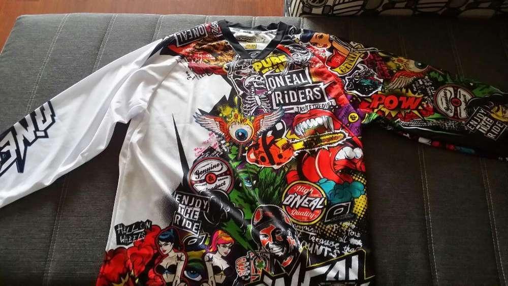Vendo Buso de Motocross Original