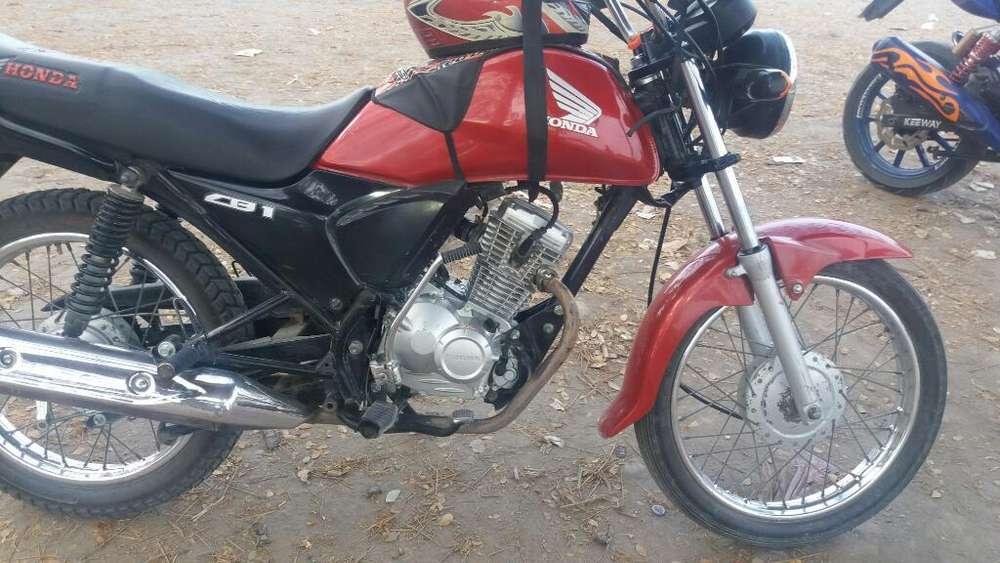 Se Vende , Moto Honda Cb1 Star