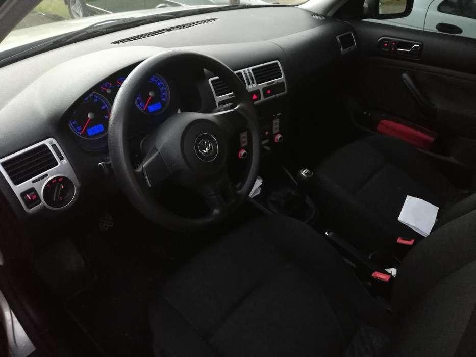 Volkswagen Jetta 2011 - 69000 km