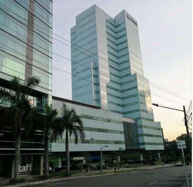 Arriendo oficina en el edificio CCI