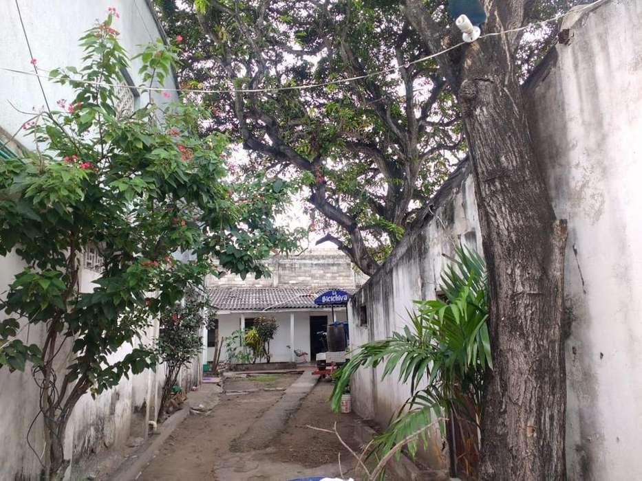 Venta Casa-Lote Comercial en Alto Bosque - wasi_1163663