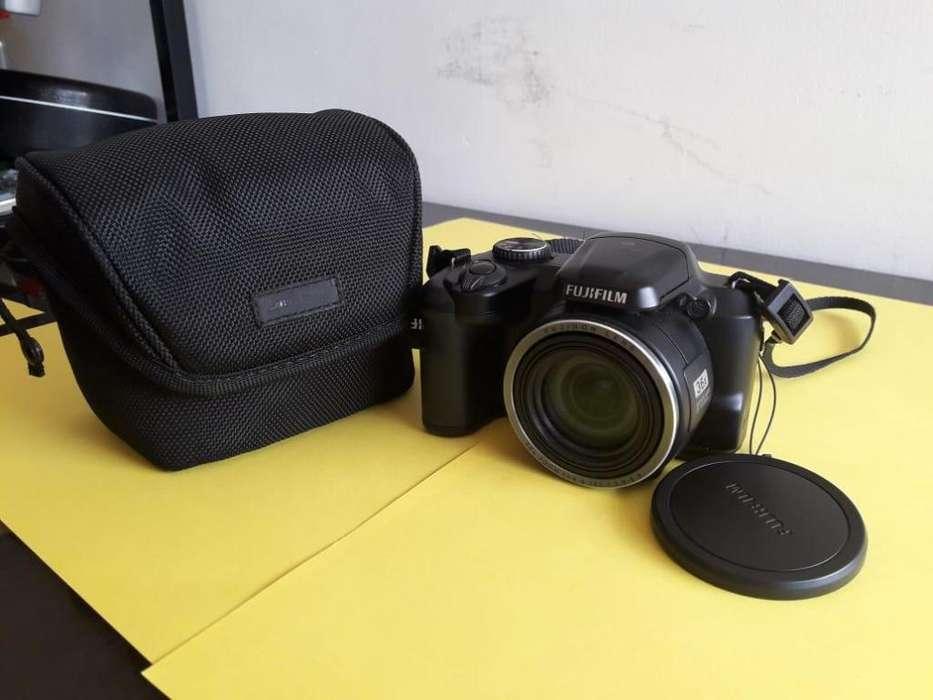 Cámara Fotográfica Fujifilm Finepix Semiprofesional