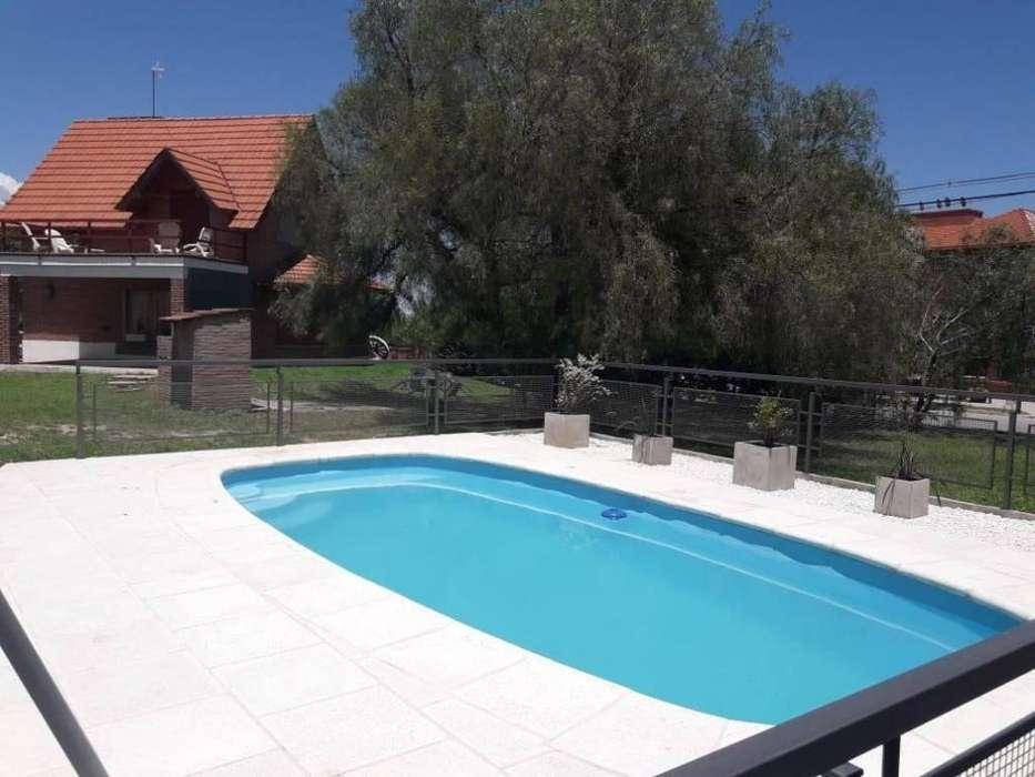 ah90 - Chalet para 2 a 5 personas con pileta y cochera en Villa De Merlo