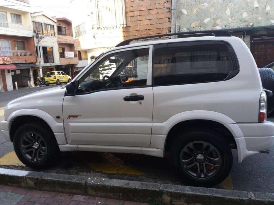 Chevrolet Grand Vitara 2009 - 125000 km