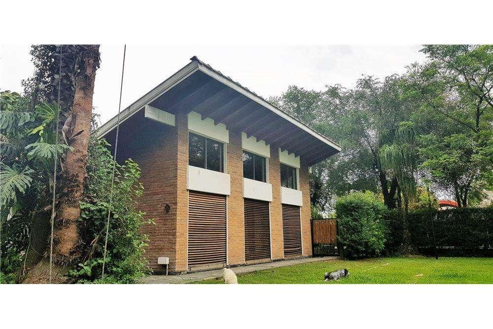 Casa Quinta en Burzaco - Parque Quincho Pileta
