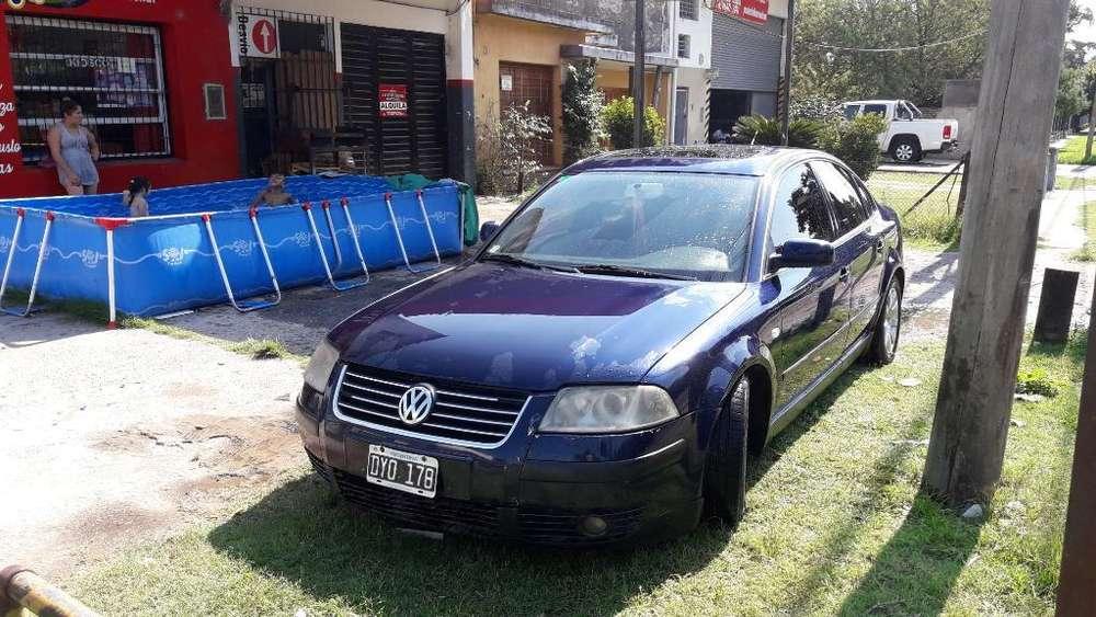 Volkswagen Passat 2002 - 180000 km