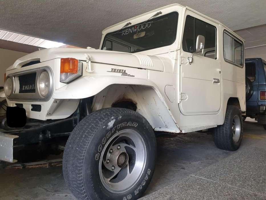 Toyota FJ 1970 - 35000 km