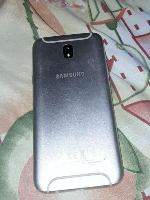 <strong>samsung</strong> J5 Pro