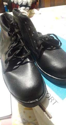zapatos de trabajo borcegos de punta de acero numero 40 nuevos sin uso