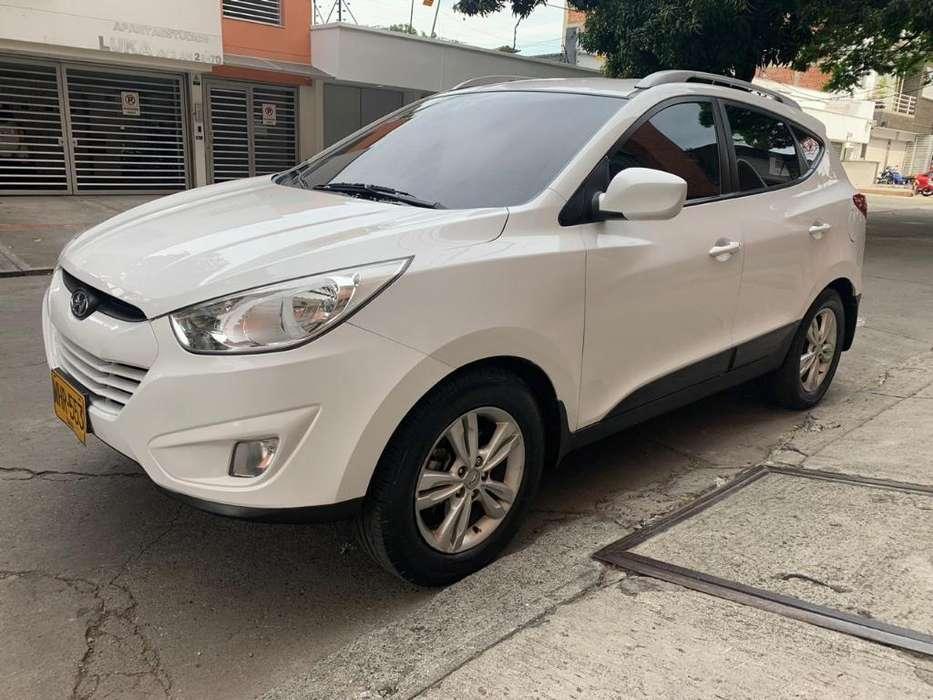 Hyundai Tucson ix-35 2012 - 104000 km
