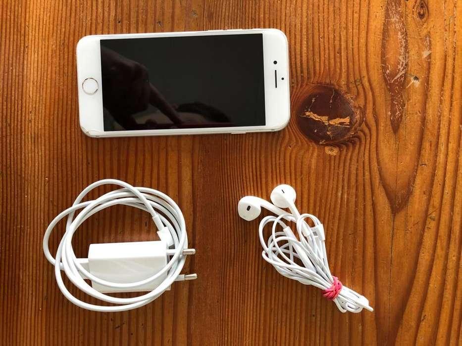 Vendo iPhone 7 128 Gb con todos los accesorios originales